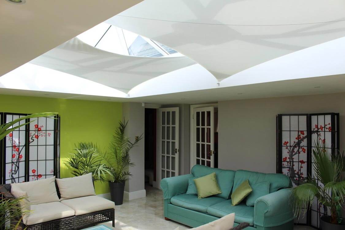 Roof blinds that are quick and easy to install yourself