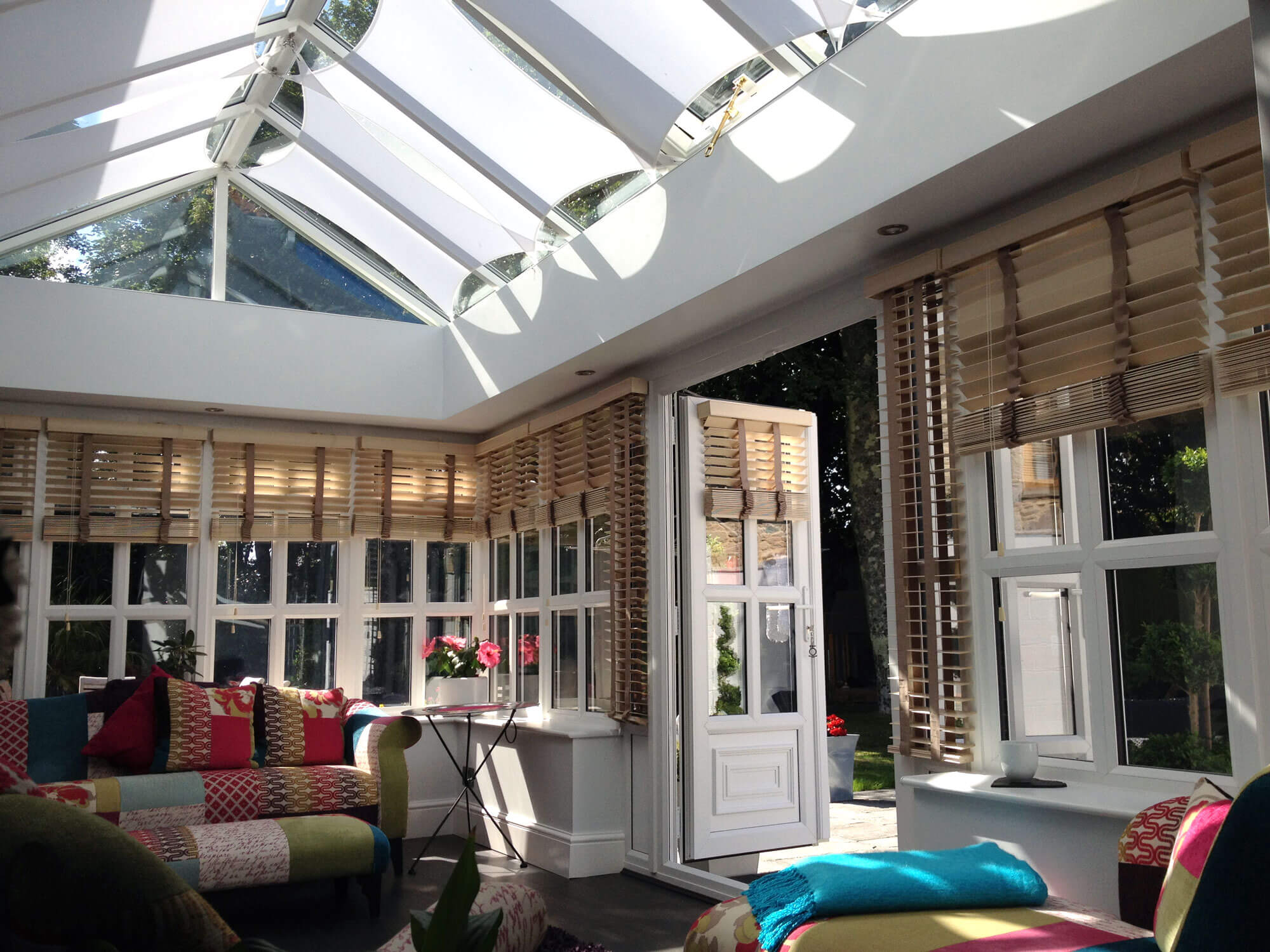 InShade - Simple elegant roof blinds for orangeries